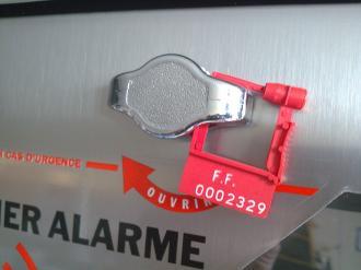 Scellés de sécurité (x3) pour boîtier défibrillateur inox